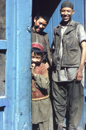 hazaari-laborers-1970